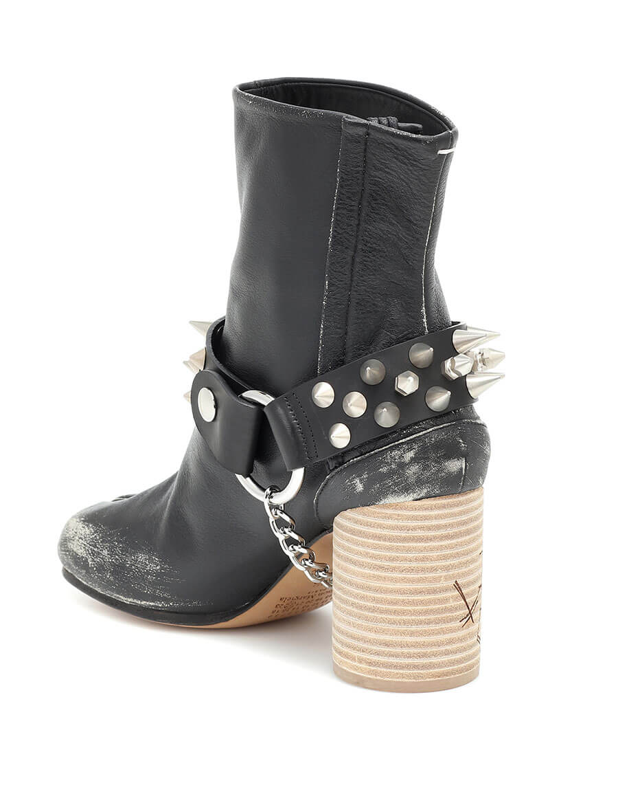 MAISON MARGIELA Tabi studded leather ankle boots