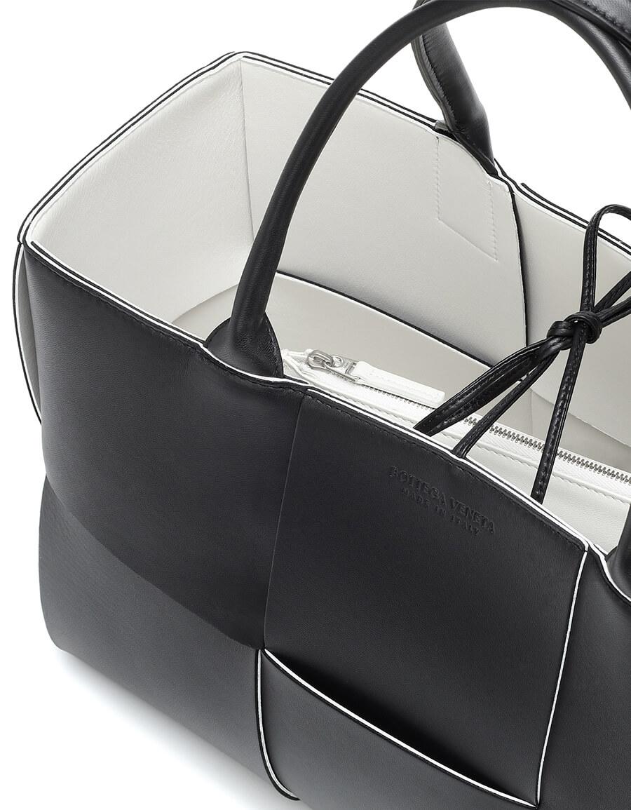 BOTTEGA VENETA Cassette Medium leather tote